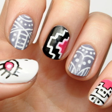 Aztec nails nail art by Carolina