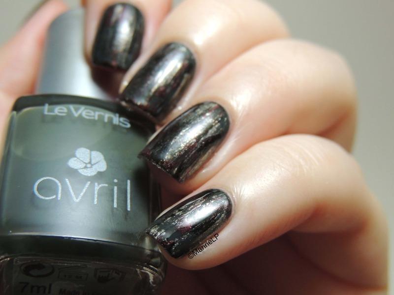 Distressed nails nail art by Marine Loves Polish