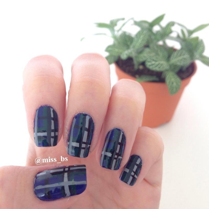Tartan Nails nail art by Brendasim