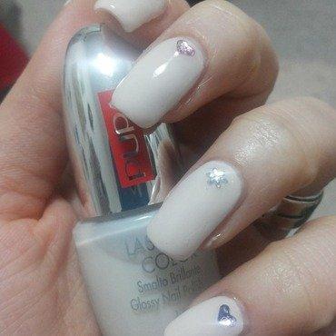 Simple Chic Nail Art nail art by Sara