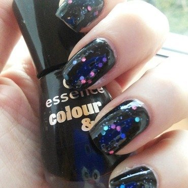 Black Glitter Nail Art nail art by Sara