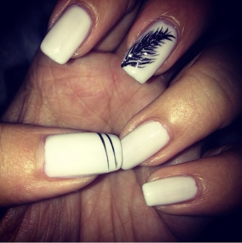 White feathers nail art by Jeannie_Thai