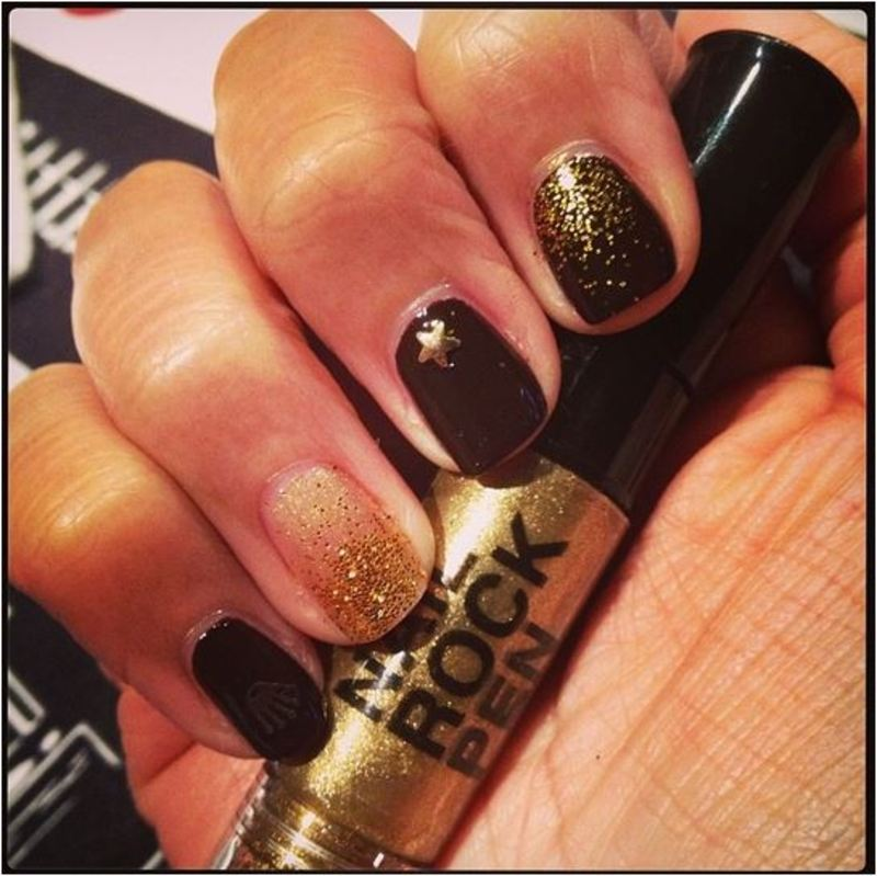 Brown gold and glitter mani nail art by PumpUrNails by Chrisblackpink
