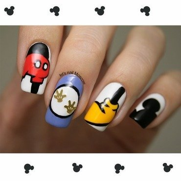 mickey mouse nails nail art by Let's Nail Moscow