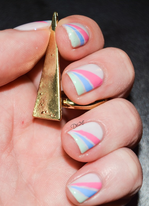Tri-Color  nail art by Dii2ne