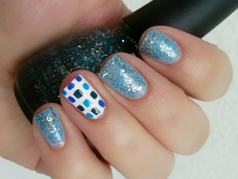 Squares nail art by Ximena Echenique