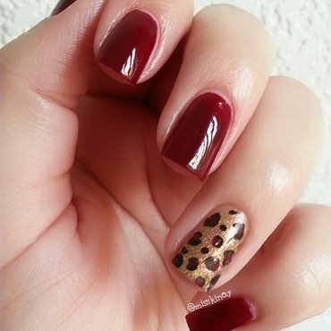 Animal Print nail art by Ximena Echenique
