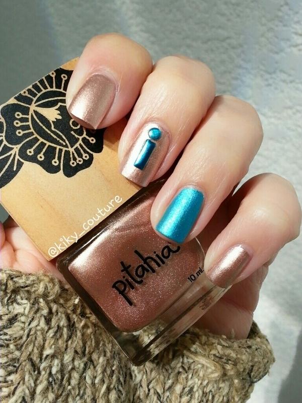 Gold & Blue nail art by Ximena Echenique