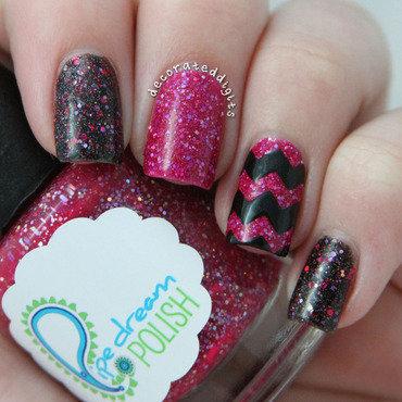 Pink and black glitter chevron nail art by Jordan