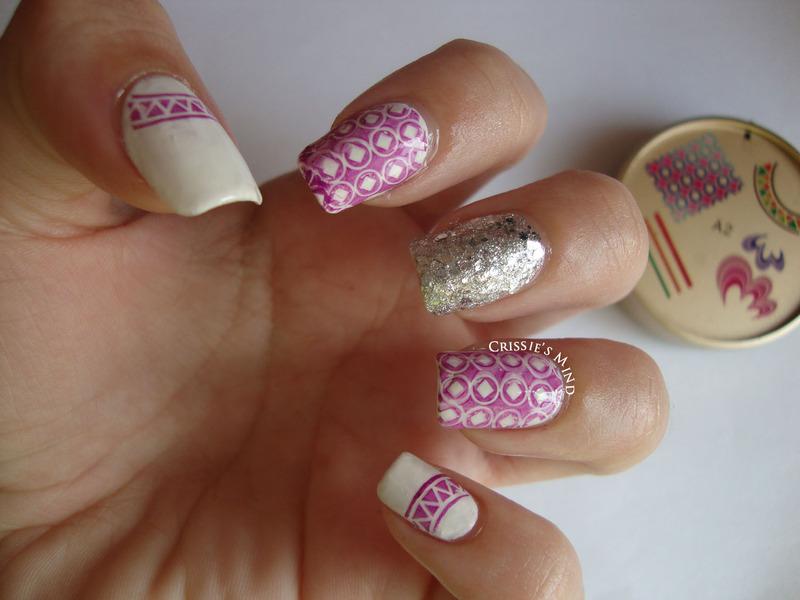KKCenterHK stamping plate design nail art by Christina