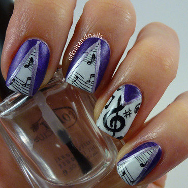 Peek-a-boo music script nail art by Julie