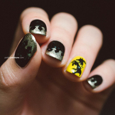 Game of Thrones | House Baratheon nail art by Petite Peinture