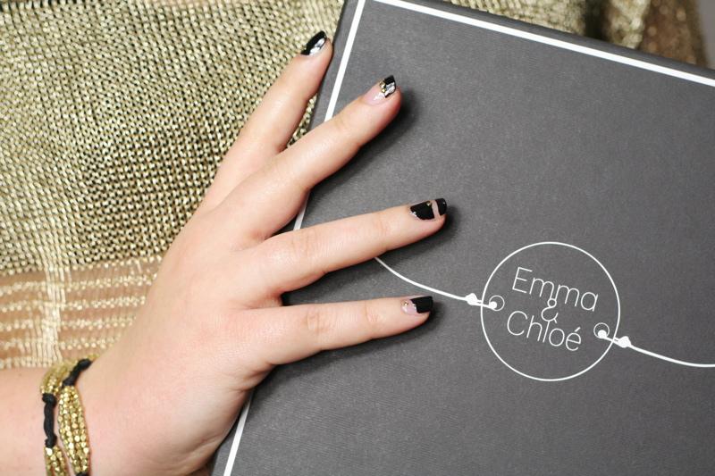 Black & gold negative space nail art by Souchka