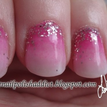 Pink Lady Gradient nail art by Leah