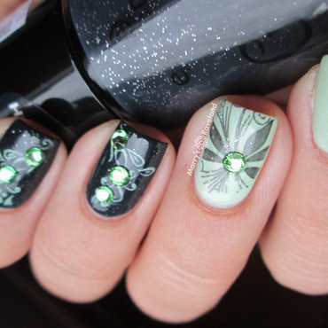Black & Mint nail art by Marina