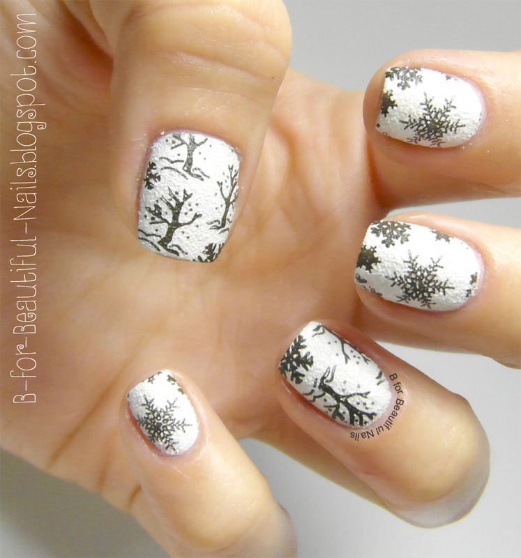 Snowflakes Nail Art nail art by B.
