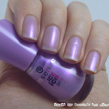 Essence 02 dotherittberger ice ice baby collection swatch thumb370f