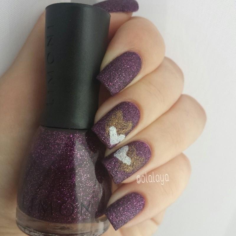Hearts nail art by Olga Styazhkina
