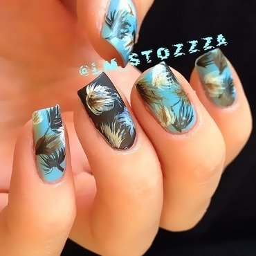 Feathers nail art by Louise