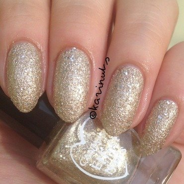 canmake zara zara nails z04 Swatch by Karina Mahardi