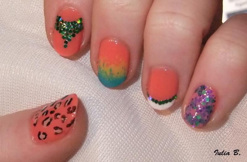Mix and match nail art by Iulia