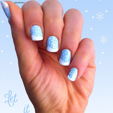 Snow Nails nail art by Goldi