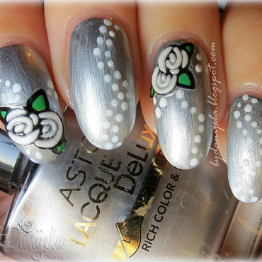 Metalic silver manicure with flowers nail art by bydanijela