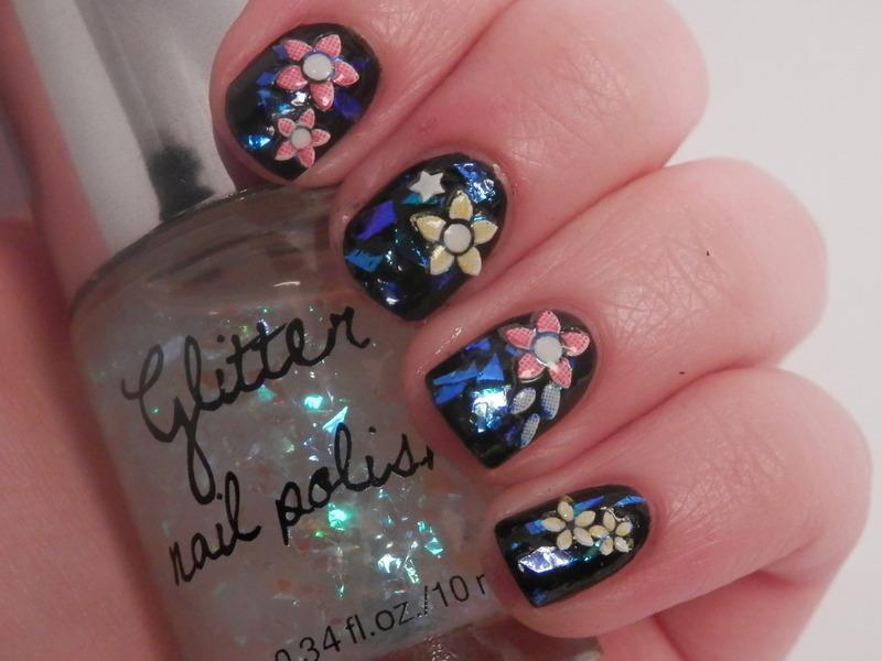 flakies nail art by Enni
