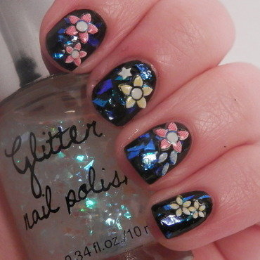 flakies nail art by Enni