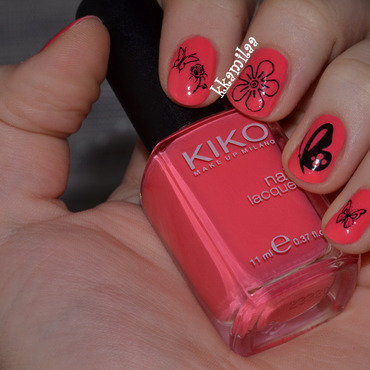 Flowers and butterflies nail art by Kamila