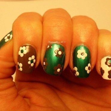 Easy floral  nail art by Angelique Adams