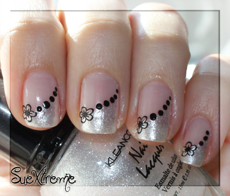 Francesa en blanco y negro nail art by Suextreme