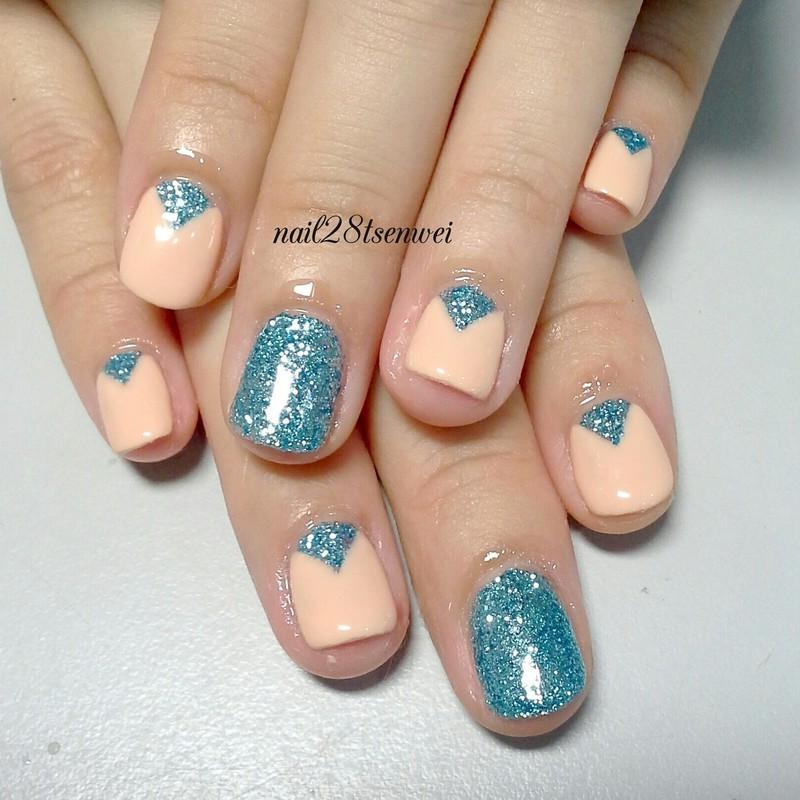 ocean nail art by Weiwei