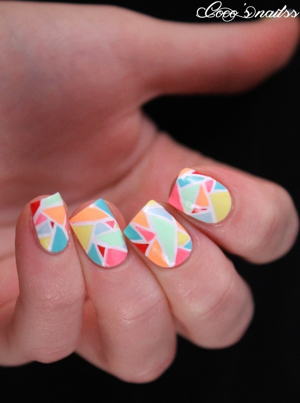 Mosaic nail art inspired by @Wondrouslypolished nail art by Cocosnailss