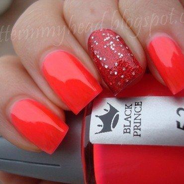 Neon & Glitter nail art by The Wonderful Pinkness