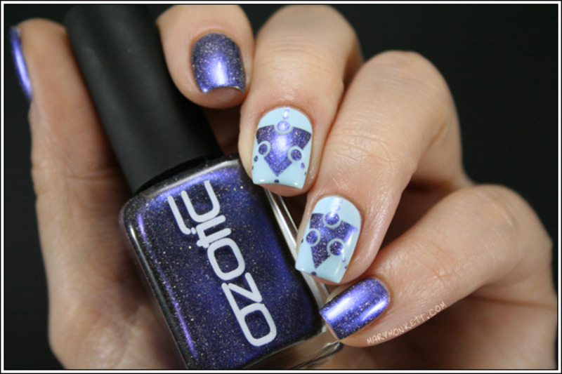 Ozotic 914 extraterrien nail art by Mary Monkett