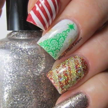 Holidayish  nail art by Jennifer Starnes