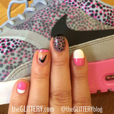 Nikes thumb370f