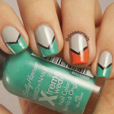 Easy Chevron nail art by  Vanesa