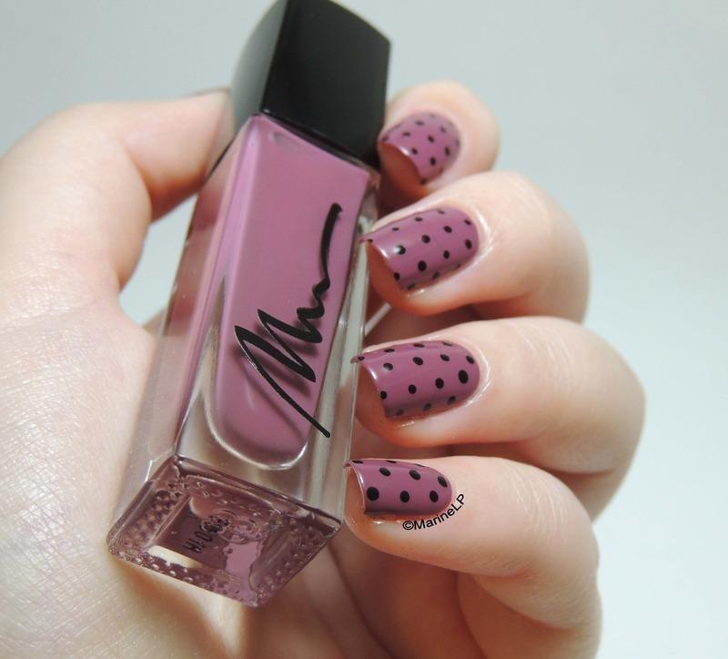 Vintage dots nail art by Marine Loves Polish