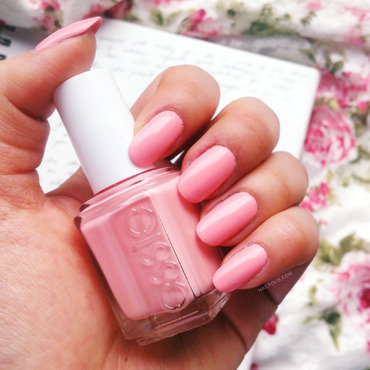 Essie Van D'go Swatch by Michelle