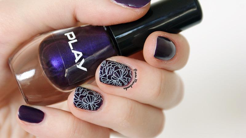 sweet plum nail art by Panna Marchewka