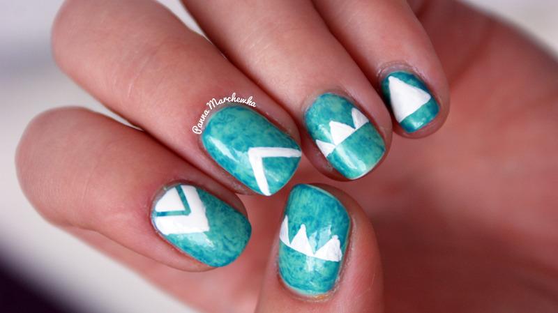 triangles nails nail art by Panna Marchewka