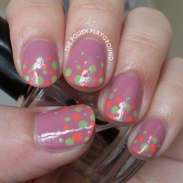 Green and coral polka dot gradient nail art thumb370f