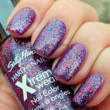 Sally Hansen Xtreme Wear 350 Purple Potion and Sally Hansen Xtreme Wear 140 Rockstar Pink Swatch by Suzi - Beauty by Suzi