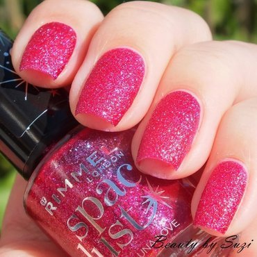 Rimmel Space Dust 004 Luna Love Swatch by Suzi - Beauty by Suzi