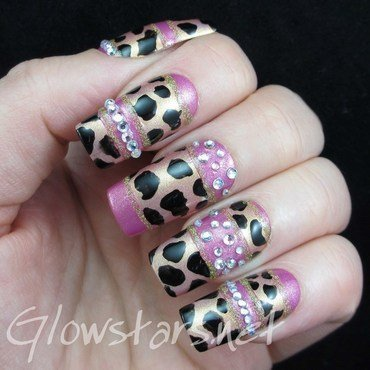 Time moves so slow and promises get broken nail art by Vic 'Glowstars' Pires