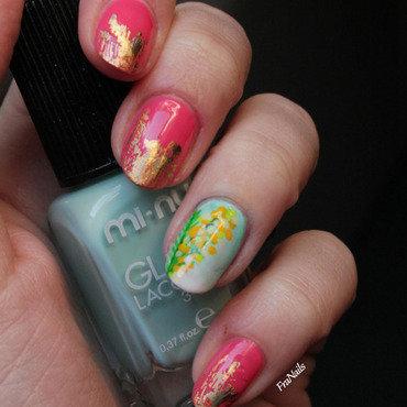 Woman nail art by Fran Nails