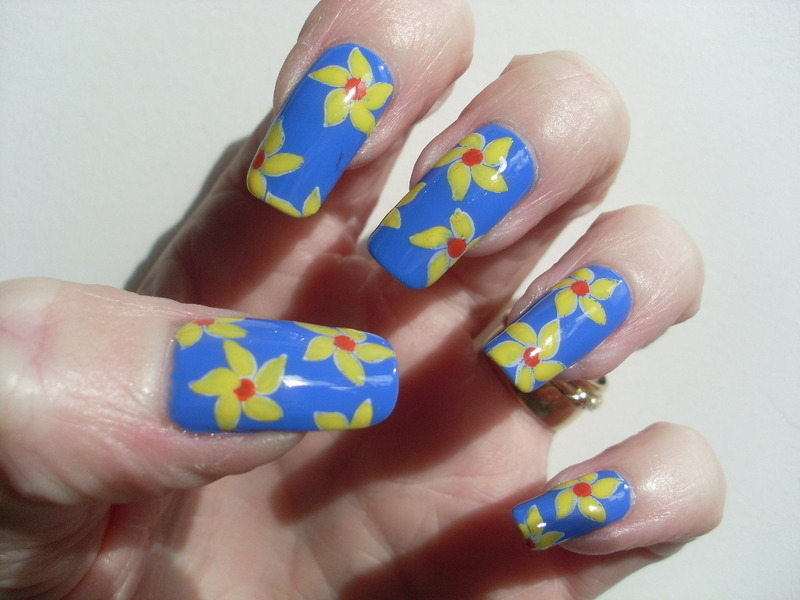 Daffodils for Marie Curie nail art by Tracey - Bite no more ...