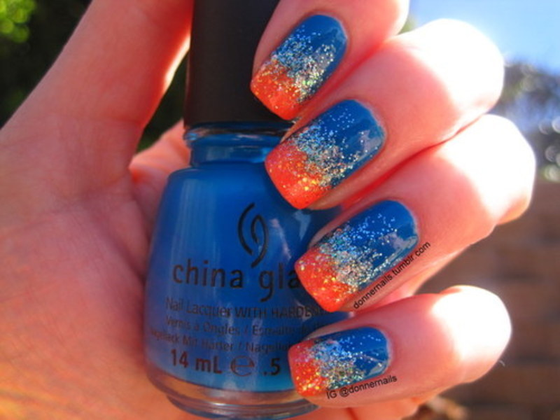 Colorful glitter gradient nail art by Donner